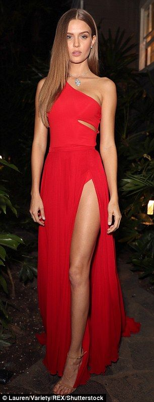 When you got it: Skriver was a showstopper, flaunting her figure in a crimson dress with a thigh-slit that allowed her to expose nearly the entirety of her chiseled left leg