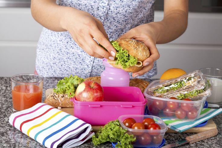 Quoi mettre et quoi éviter dans une boîte à lunch santé? https://www.nautilusplus.com/fr/quoi-mettre-et-quoi-eviter-dans-une-boite-lunch-sante/