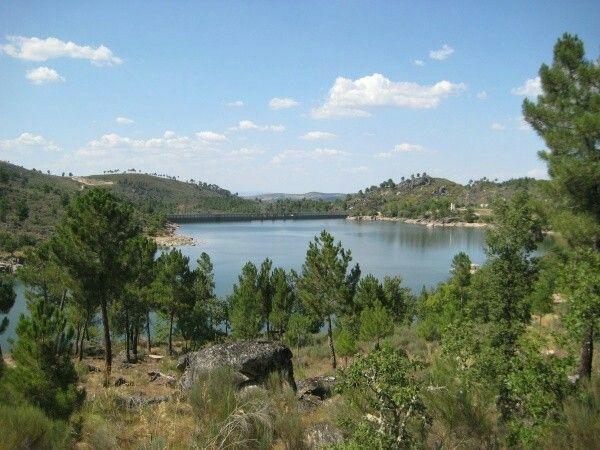 Vista da barragem de Ranhados