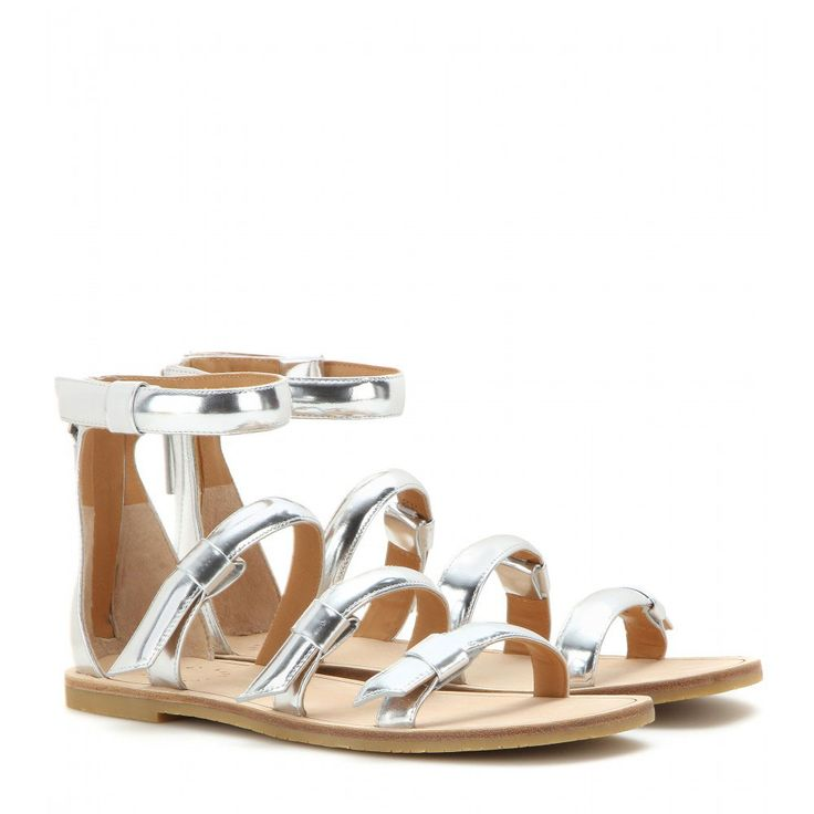 Sandali con cinturini color argento #sandali #fashion #trend2015 #zeppe #summer2015 #silhouettedonna