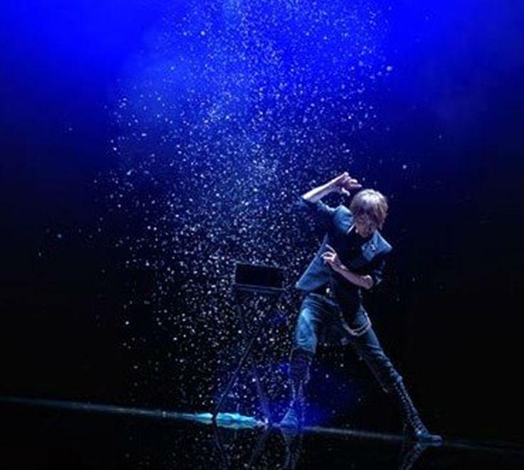 12pcs Funny Snowstorm Magic Tricks Snowflakes Snow Storm Paper Magic Props Gadget for Magician #Affiliate