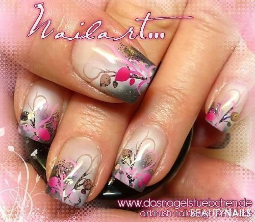 airbrushed nail design