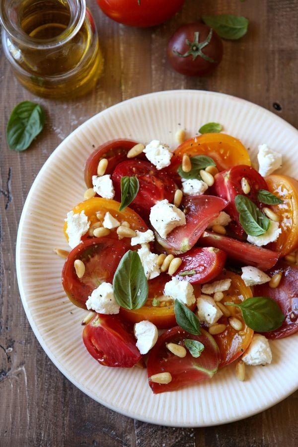 ... about Saladas on Pinterest | Greek salad, Dressing and Lentil salad