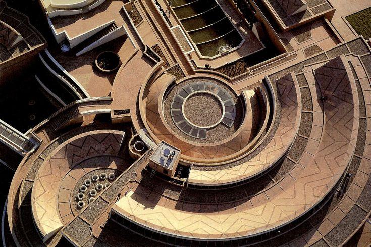 masonrybuildings:  Building:Virgilio BarcoArchitect: Rogelio Salmona