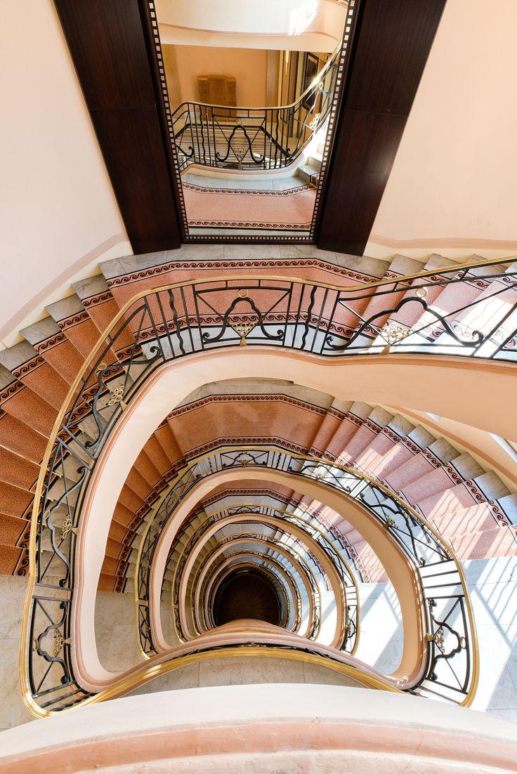 Grand Hyatt Cannes Hotel Martinez  #hyattluxury #grandhyatt #livinggrand #hyattstaircases #hyattfrance #grandhyattfrance #hyatthotels
