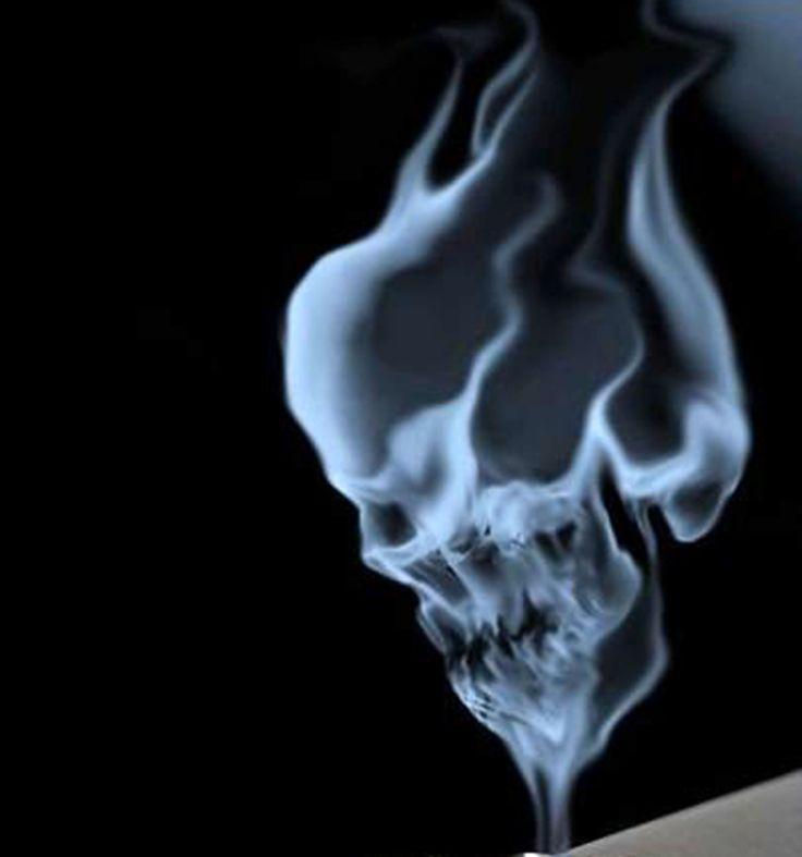 Токсичные бытовые предметы и вещества при пожаре. http://www.saga.ru/blog/toksichnye-bytovye-predmety-i-veshchestva-pri-pozhare  Как ни печально, но основной вред при пожаре несут даже не сама высокая температура и угарный газ, а обычные бытовые предметы, плавящиеся при горении с образованием токсических веществ.