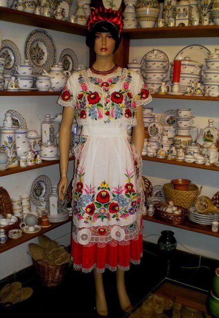 Folk dress from Kalocsa for woman (S, M, L, XL, XXL).