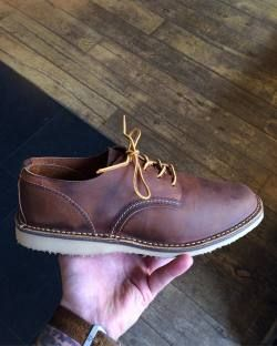 Most tried on pair of Red Wing Shoes of this weekend! Do you already own a pair of Weekender Oxfords or Chukkas? They are perfect for when the sun is shining bright! Available on http://ift.tt/180OFjM. http://ift.tt/1sMVaZI
