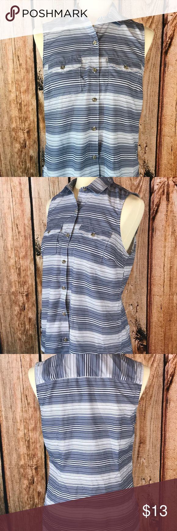 Eddie Bauer Womens Sleeveless Blouse Size Medium Eddie Bauer Womens Sleeveless Blouse Size Medium Blue White Stripe Vented Sides Size: Medium  Material: Polyester  Item is pre-owned.     Measurements Laying Flat:  Armpit to Armpit-19 inches  Length-25 inches        E7 Eddie Bauer Tops Blouses