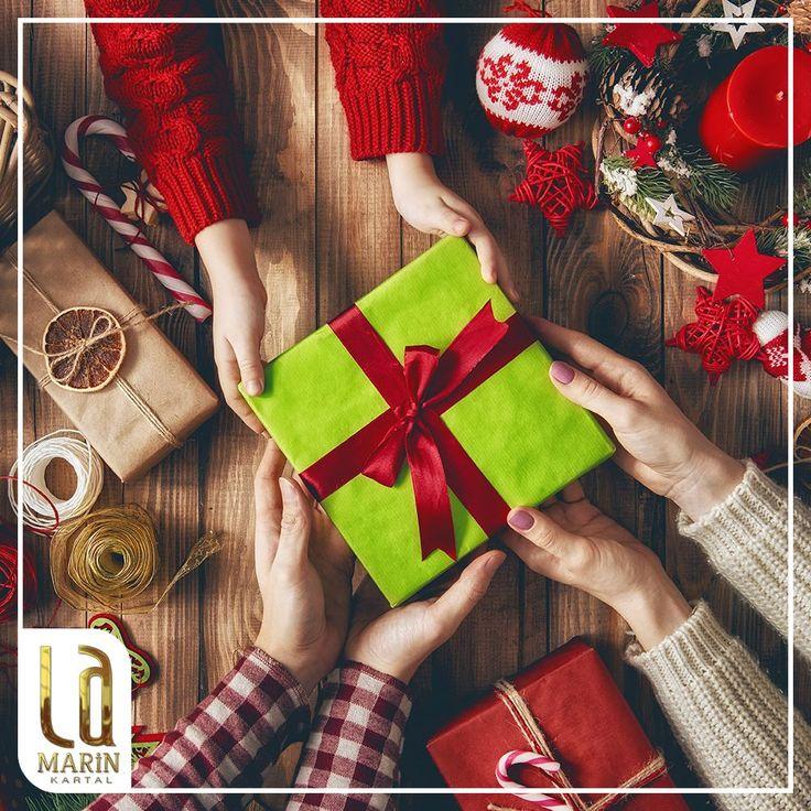 Yeni yıl hediyelerinizi aldınız mı? La Marin Kartal'ın yaşam merkezlerine yakınlığı sayesinde aileniz için hediye almak çok kolay olacak. Ayrıntılı bilgi: bit.ly/lamarin 444 80 20
