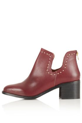 ACCENT Stud Cut Out Boots