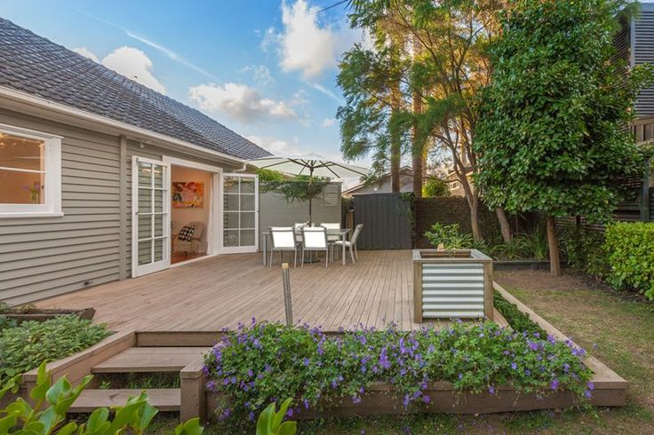 Funky Pad with Waterview   Trade Me Property