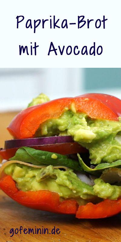 Hmm, lecker! Low carb Paprika-Brot mit Avocadocreme: http://www.gofeminin.de/living-video/sandwiches-ohne-brot-mit-paprika-n267372.html