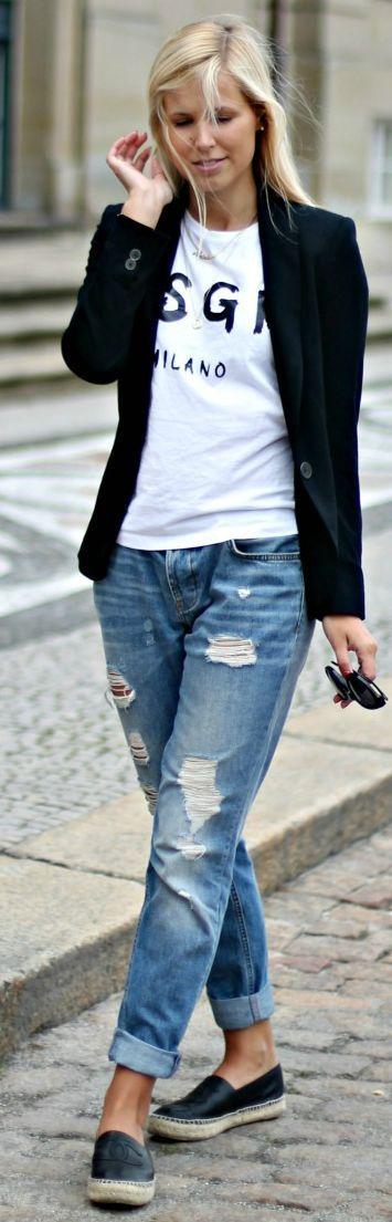Spring / Summer - street chic style - black blazer + ragged boyfriend jeans + black channel espadrilles + white round neck printed t-shirt