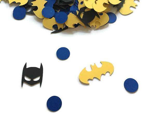 Anniversaire de Batman - Batman Confetti - Batman parti - Shower de bébé de Batman - Batman parti décoration - fête danniversaire de super héros  Faire votre anniversaire Batman mémorable avec ce confetti de Batman absolument adorable. Décorer vos tables de fête pour compléter vos centres de table ou ajouter un peu de style à votre table de gâteau. Apportez votre design de tout le parti avec ce confettis party.  •Environ 100 pièces fabriqués à partir de carton de poids lourd.  •…