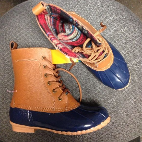 Sporto Lace Up Watetproof Duck Boots Brown Blue 8 Sporto Dede lace up waterproof duck boots. Brand-new never worn with box. Woman's size 8. Awesome leather upper boots with round close toe booties. Sporto Shoes Winter & Rain Boots