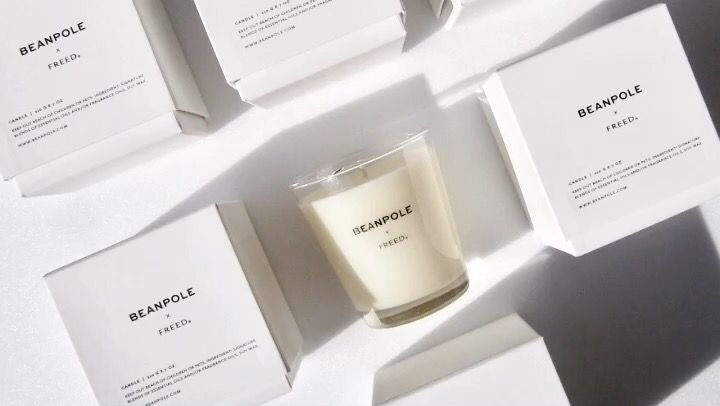 FREED collaborated with BEANPOLE Ladies, the largest traditional casual brand in Korea.   Two exclusive scents that has been created for BEANPOLE are offered in candles, room sprays and hinoki closet sachets.
