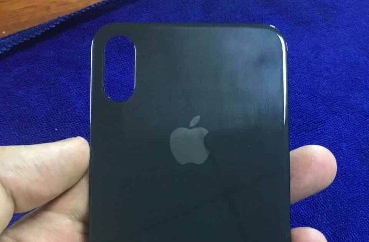 http://ift.tt/2ta2uyt iPhone 8 Rear Panel suggests no Touch ID on back http://ift.tt/2tDSotd  Chinese social media website Weibo today posted a picture of alleged iPhone 8 rear panel with vertical Dual Lens Camera cut out and no Touch ID on back.  There have been so many discussions around the web whether Apple will integrate Touch ID on back front or ditch it altogether. But one thing is sure that it is not going to be on back as there is no Touch ID cut outs as shown in the picture.  The…
