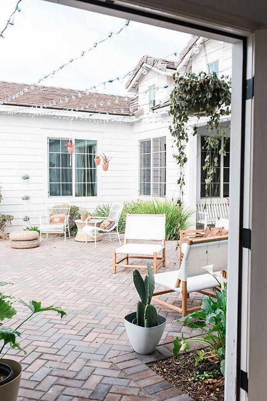 patio lights | designlovefest