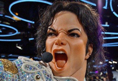 Make that Change - Michael Jackson...(Beitrag von Ende April) Er wollte die Welt verbessern und wurde durch den Schlam gezogen. Er war krank und wurde als Schönheitsfanatiker hingestellt. Er erzählte die Wahrheit und musste wohlmöglich deswegen die Erde vorzeitig verlassen. Michael Jackson sorgte für Kinder, weil er selbst gequält wurde als Kind und etwas Gutes tun wollte. He made that change, he wanted to see on earth...   #Leben #Licht #Liebe-im-Herzen #Veränderun