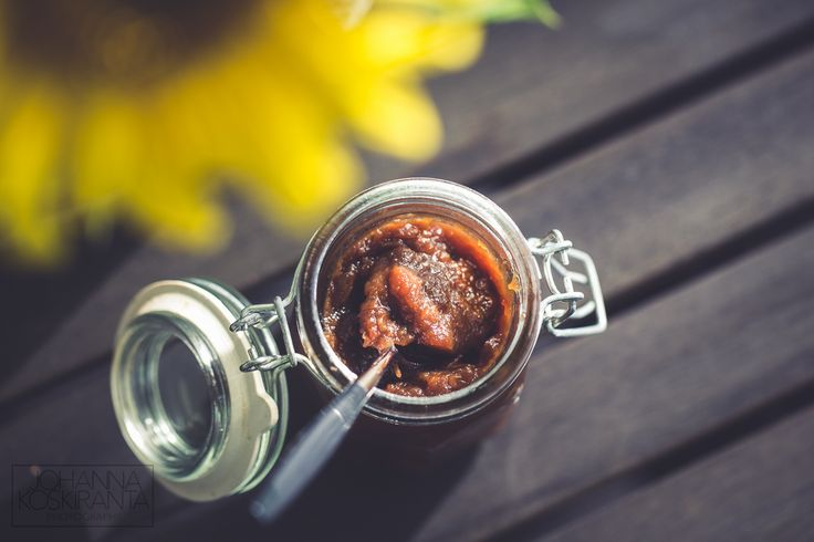 Hellan ja viinilasin välissä - Apple jam with coconut sugar
