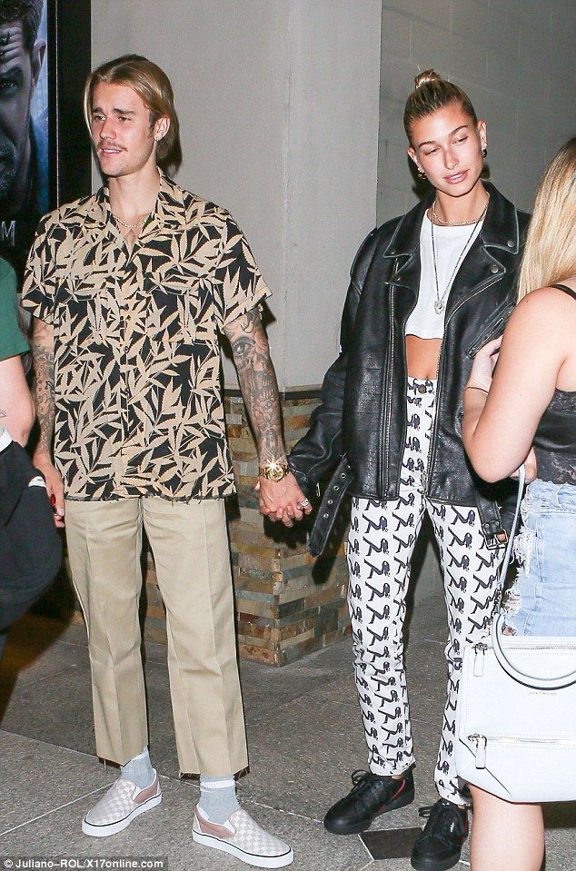 Justin Bieber and Hailey Baldwin enjoy movie night together