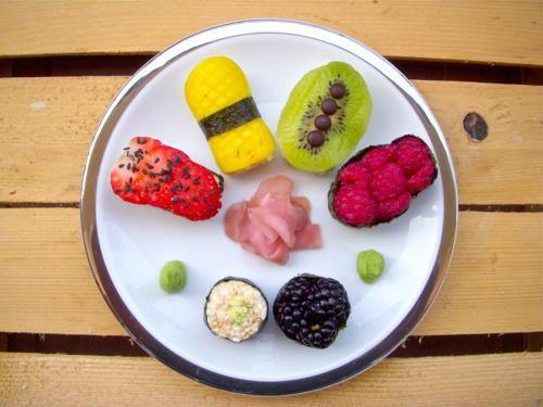 SUSHI di FRUTTA /   FRUIT SUSHI BITES