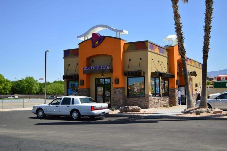 New Taco Bell a hit | Street view, Taco bell, Scenes