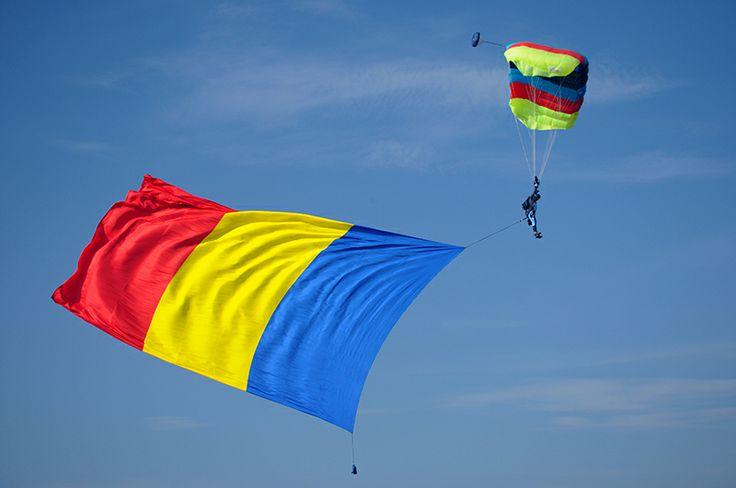 LA MULTI ANI ROMANIA !!!.