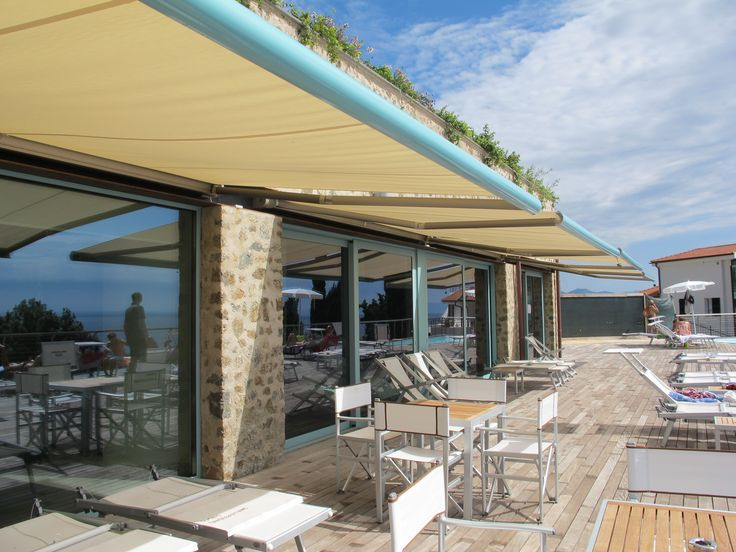 terrazza Terraces Roof idee : ... giardino,garden, terrazza, terrace, retractable awning, tende a bracci