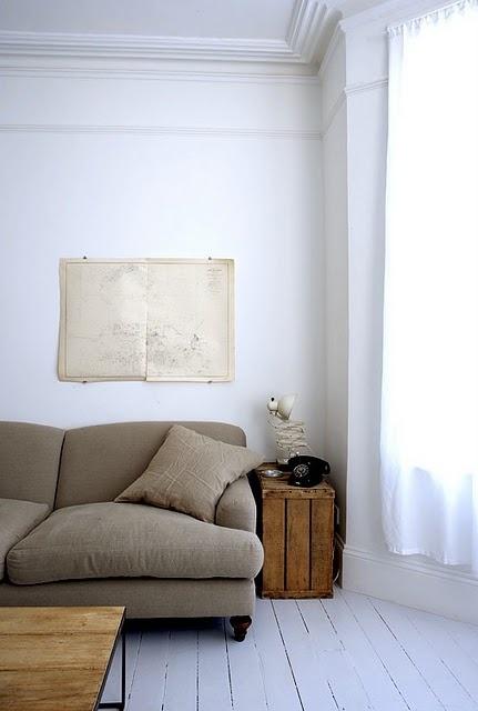 Simple lounge...