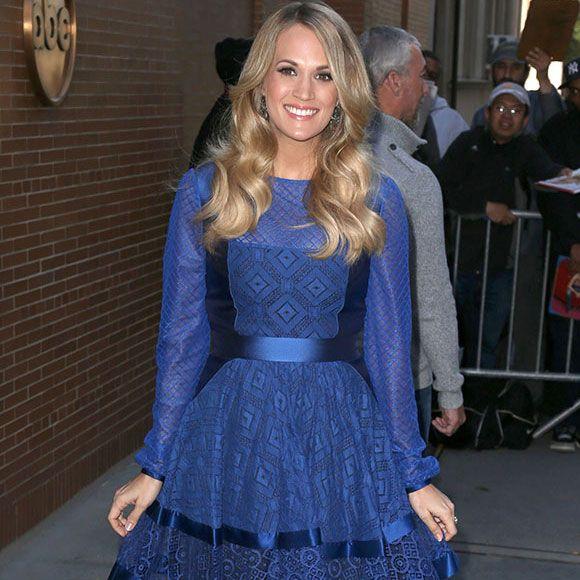 Carrie Underwood enferme son bébé dans sa voiture | HollywoodPQ.com