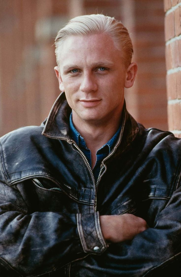 Actors Who You Won't Believe Were in '90s Disney Stuff: Daniel Craig, A Kid in King Arthur's Court (1995)