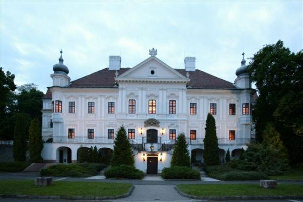 Castle Szirák