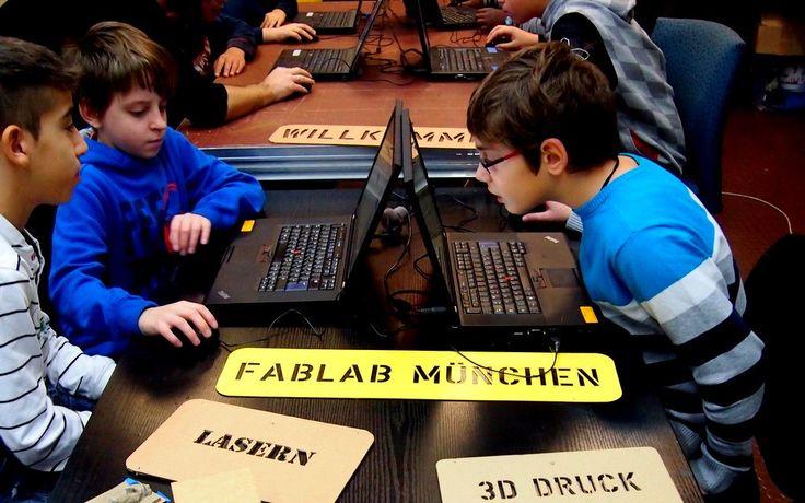 Hightech-Angebote für Schulen vom FabLab München e.V. Immer Dienstag bis Freitag von 9 – 12 Uhr können Schulklassen unabhängig von der Schulart ab der 3. Jahrgangsstufe 3D Drucken, Lasercutten, Löten und Arduino im FabLab lernen. Besuchen Sie uns in den erweiterten Fablab Kids Räumen und lernen Sie die Möglichkeiten live vor Ort kennen! Sie sind herzlich eingeladen! Gerade für P-Seminare am Gymnasium, aber auch als Einstieg in eine Schülerfirma, SMV eignen sich die Maschinen und die damit zu…