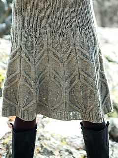 Dickson: knee-length skirt knit from the top down - Norah Gaughan