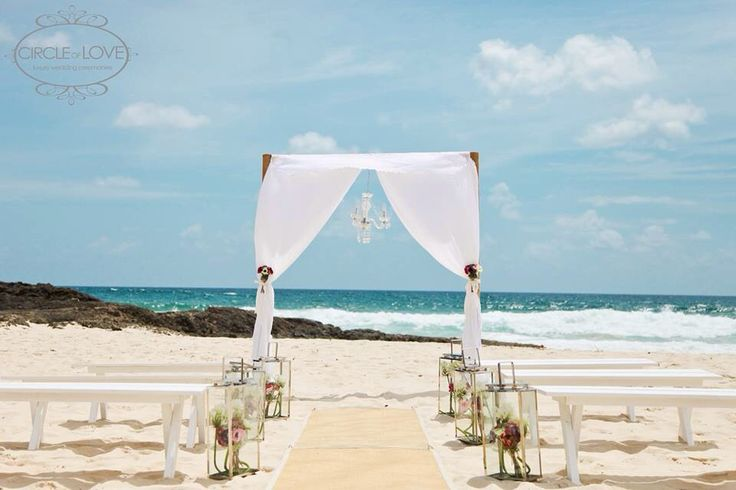 Elephant Rock Currumbin Wedding Beach wedding aisle styling Wedding arch  www.circleofloveweddings.com.au