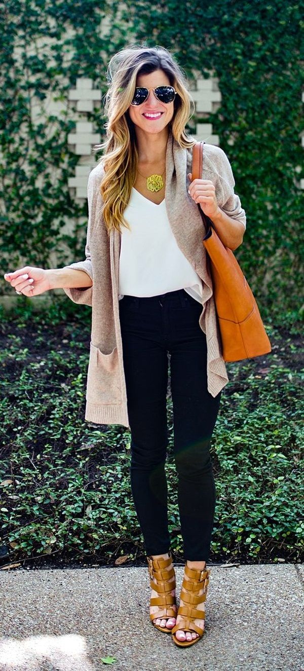 THE CHARM OF WARM CARDIGAN CAN'T REMAIN UNNOTICED || 45 High-Toned Work Outfits to Wear This Winter | Work Outfits to Wear this Winter | Winter Work Outfits | Fenzyme.com