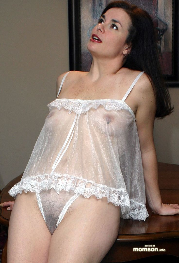 Nude curvey wife