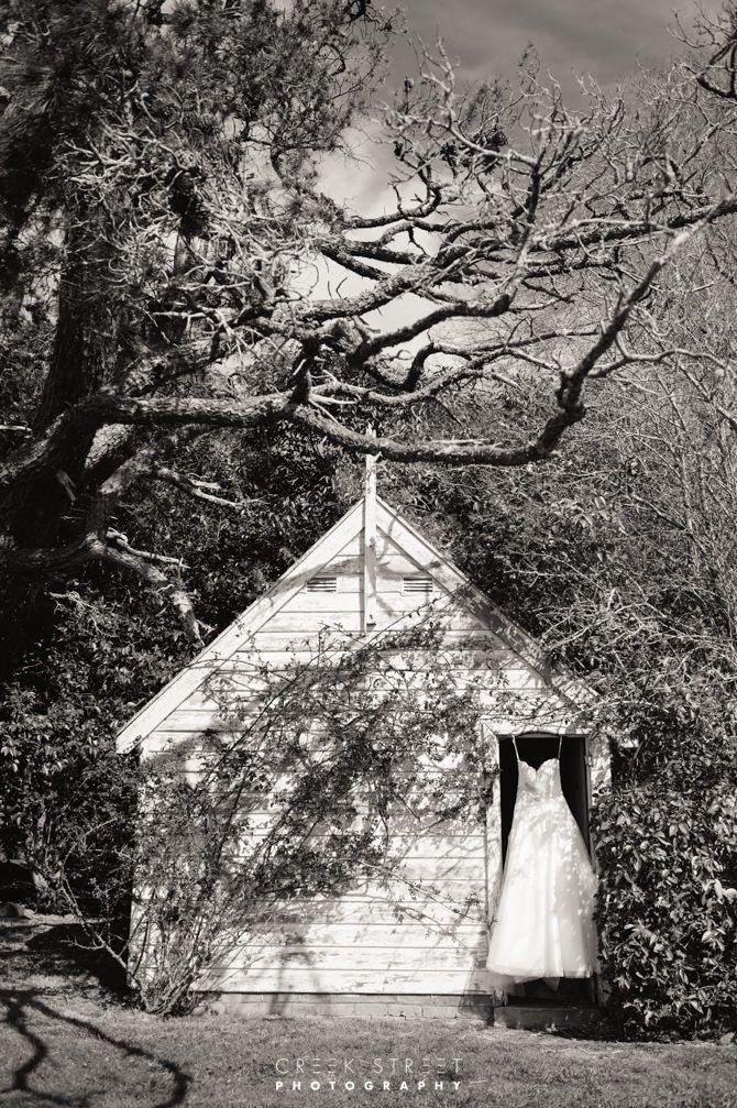 Wedding Gown Summerlees #countrywedding #creekstreetphotography #summerlees #weddinggown
