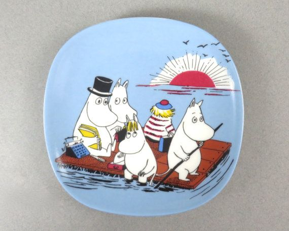 Vintage Moomin Wall Plate by Arabia of Finland, Family On A Float, New in Box - Welcome to Moominvalley,