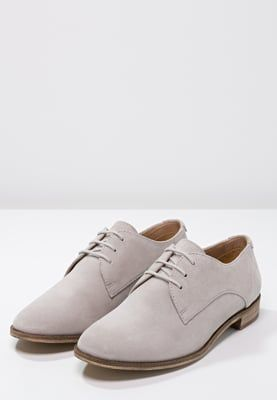 Pier One Lace-ups - light grey for £45.00 (04/05/16) with free delivery at Zalando