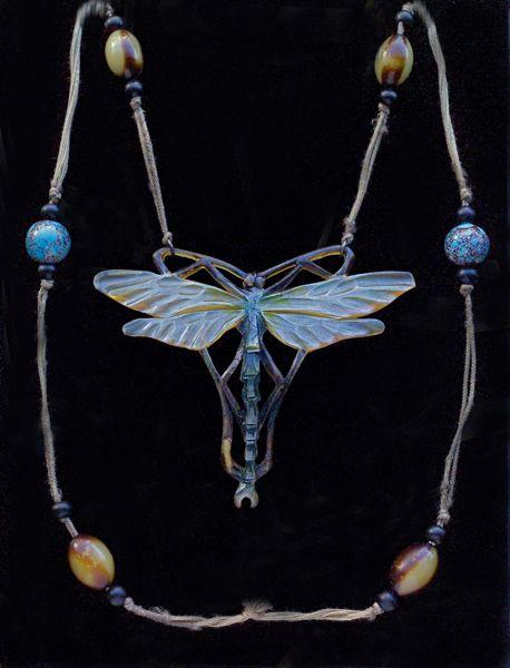 ELIZABETH BONTE Attrib. Art Nouveau Dragonfly Pendant  Horn French, c.1900