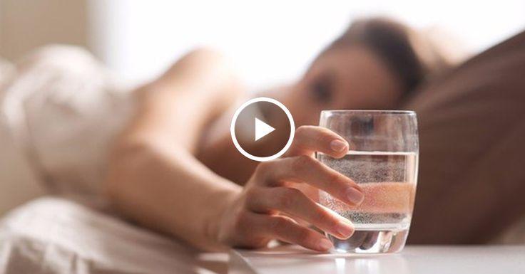 2 стакана воды после пробуждения — способствует активации внутренних органов; 1 стакан воды за 30 минут до еды — способствует пищеварению; 1 стакан воды перед приемом ванной — помогает снизить артериальное давление; 1 стакан воды перед тем, как лечь в кровать — позволяет избежать инсульта или сердечного приступа. Могу также добавить к этому … вода
