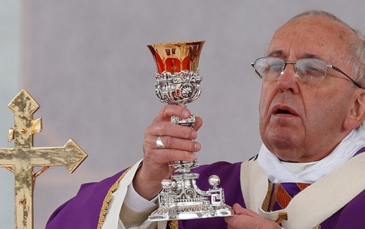 In honor of the Month of the Holy Eucharist, celebrated in April 2015, here are some questions to test your knowledge of Roman Catholic belief about this most important sacrament.