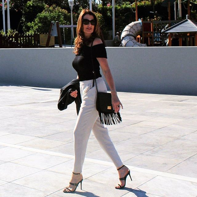 Take a walk in the sunshine We have a new blog post  link in bioathens sunshine casualstyle