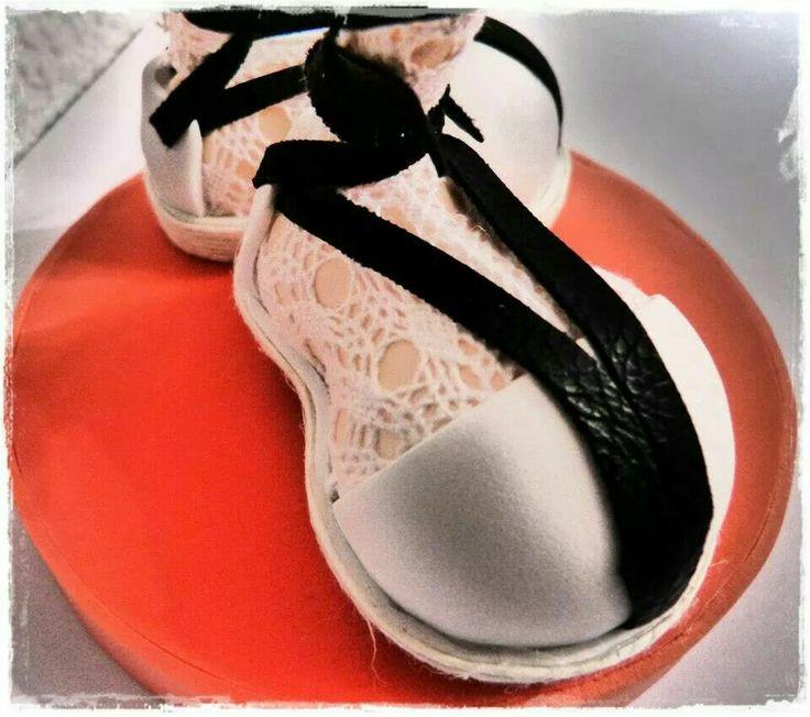 Zapatos con calcetines de fofucha
