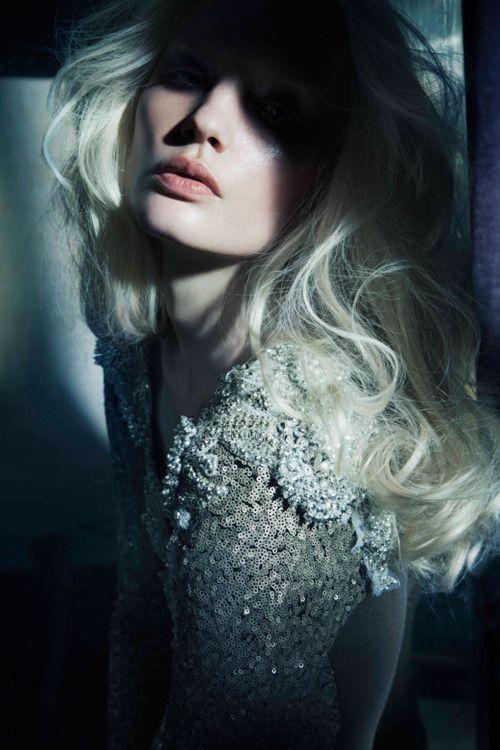 Portrait - Fashion - Editorial - Photography - Pose
