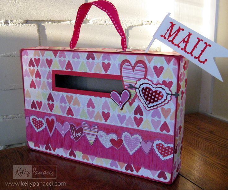 Valentine's Day Mailbox from cereal box - Kelly Panacci