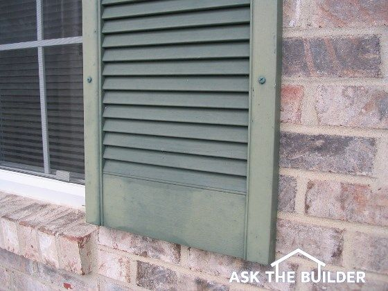 Painting Vinyl Or Plastic Shutters Is Easy Clean The Shutters With Soap And Water And Use A Very Sticky Paint Th Painting Shutters Diy Shutters